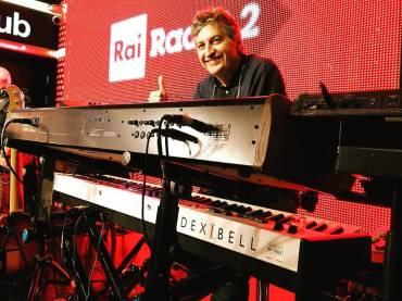 VIVO S9 è il pianoforte stage della trasmissione cult Radio 2 Social Club