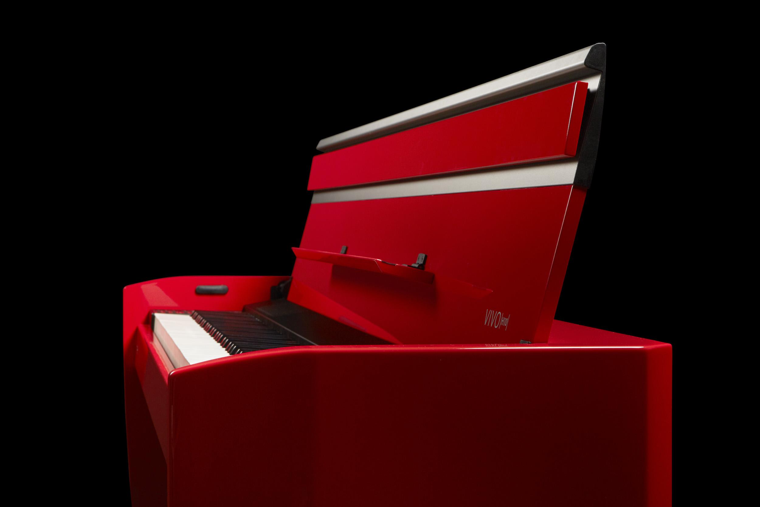 H10 rosso sfondo nero